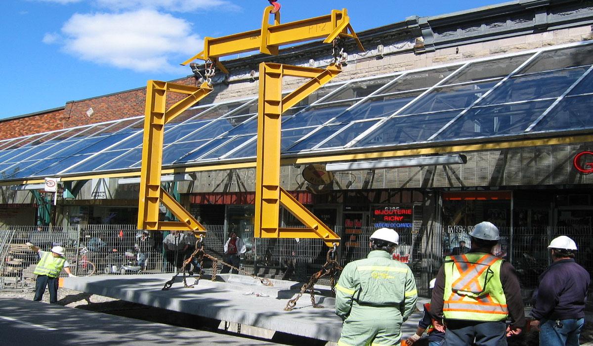 Montréal, rue St-Hubert : Installation électrique